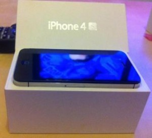 Original : Apple iPhone 4s 16GB / 32GB / 64GB $230USD