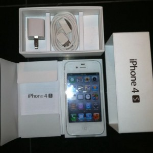 Buy 2 Get 1 NEW UNLOCKED APPLE iPHONE 4S 64GB FOR JUST $325