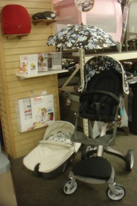 Brand New Stokke Xplory High Basic Baby Stroller,Bugaboo Cameleon Red Base - Canvas Top - Top Color: Off White