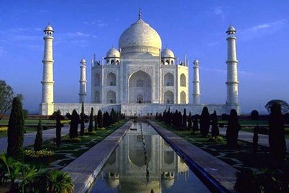 Best of Indian Destination Tour with Holiday India