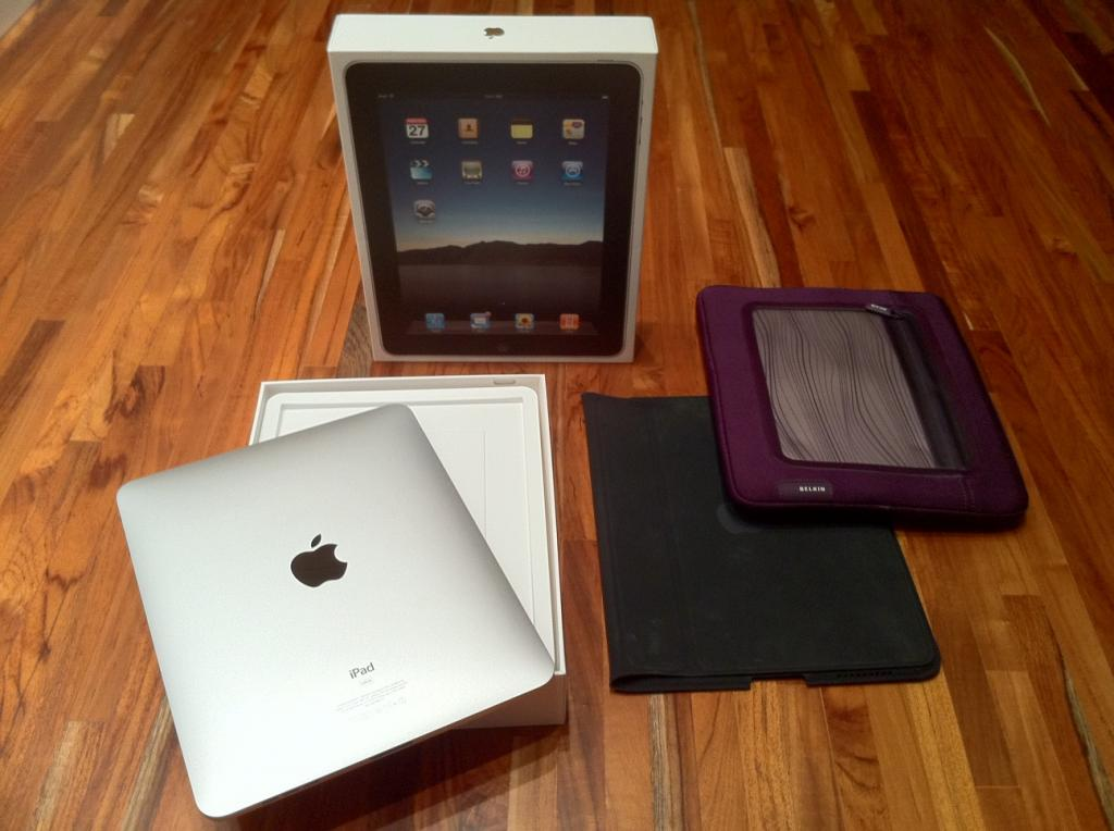 Sales:iPad 64GB Wifi.Apple iphone 4 16GB,32GB