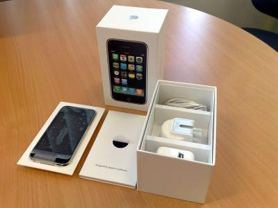212c801977d Brand New Apple Iphone 3GS 32GB,Nokia N97,Blackberry Phone And many more  phone..For just 250$